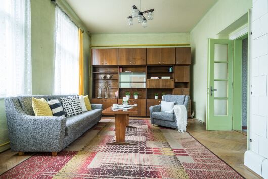 obyvaci pokoj promena pohovka obyvaci stena koberec