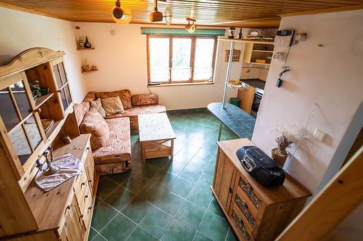 prodej chata chalupa 62m chlumec strizovice kuchyne zhora